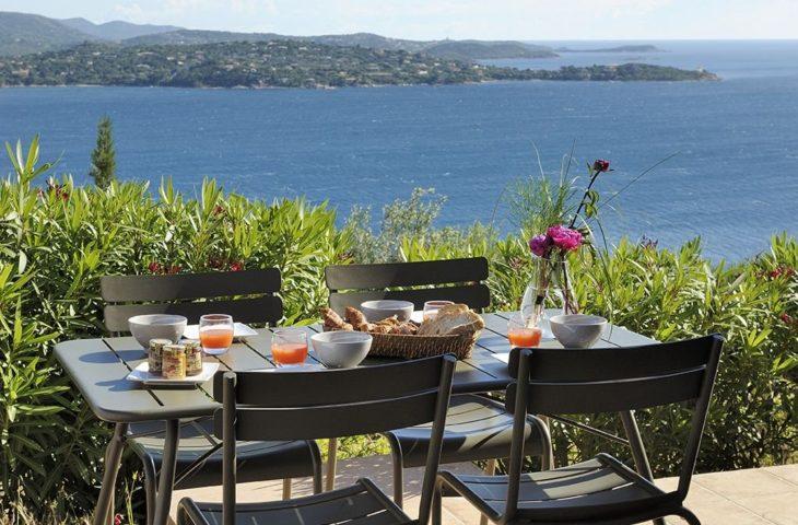 Mini villa – vue panoramique mer et montagne – piscine