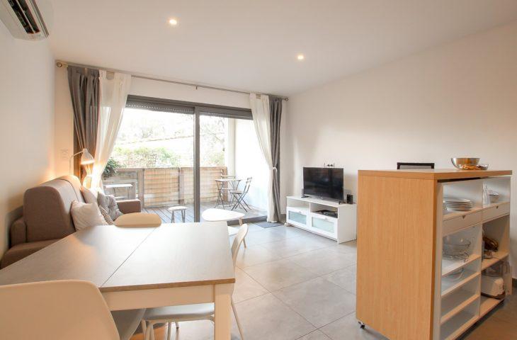 Appartement 4 personnes – Port de Porto-Vecchio – Piscine